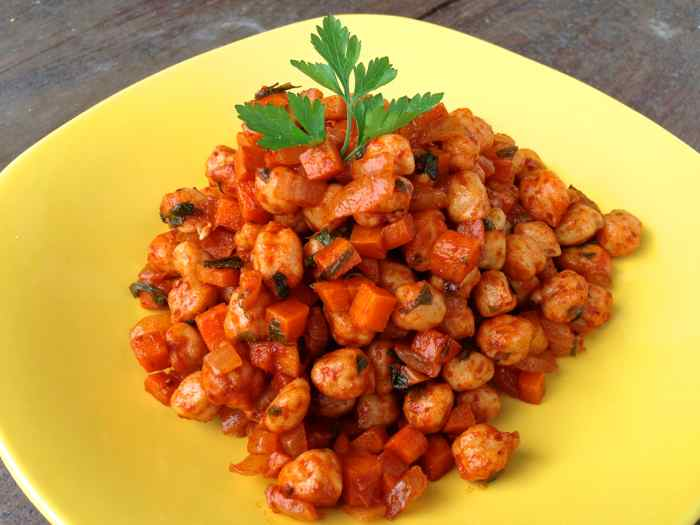 Garbanzos With a Guajillo Chile Sauce