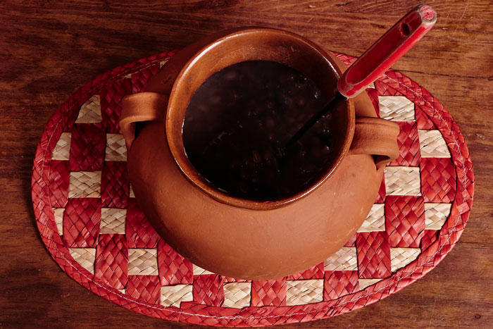 Frijoles de la Olla in a Clay Pot