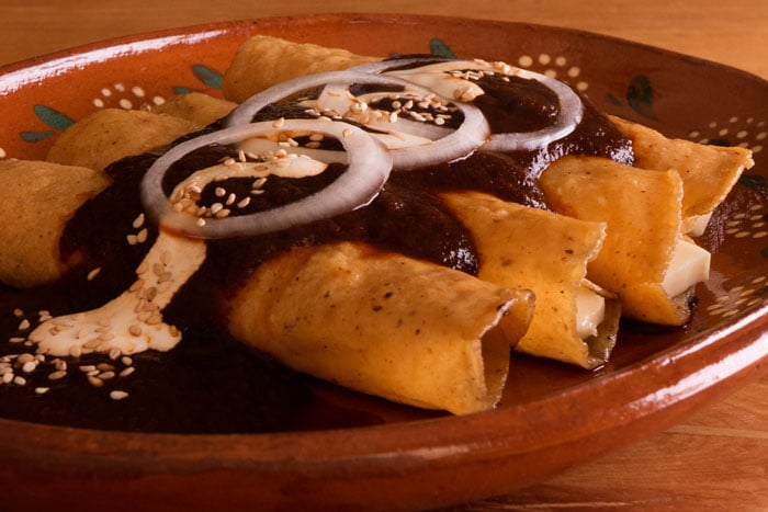 Cheese Enchiladas with Red Enchilada Sauce