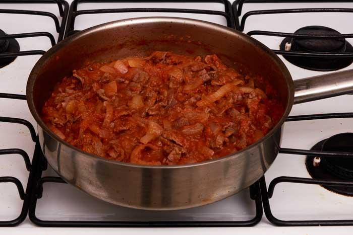 Cooking Bistec a la Mexicana