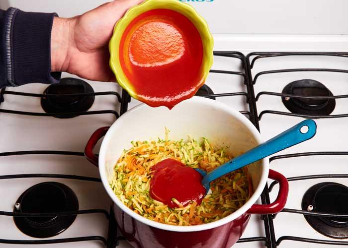 Adding Tomato Puré