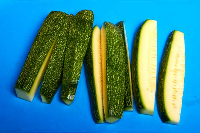 how to cut zucchini squash
