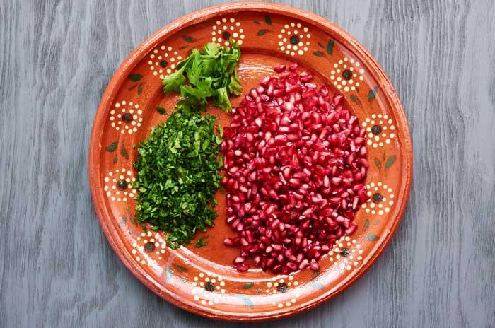 Garnish for Chiles en Nogada