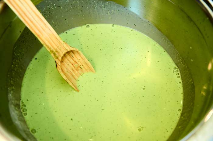 incorporating-strained-cilantro-into-cream-3