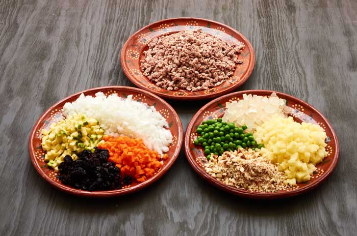 Prepped Ingredients Chiles en Nogada