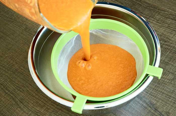 Straining Pureed Tomatoes