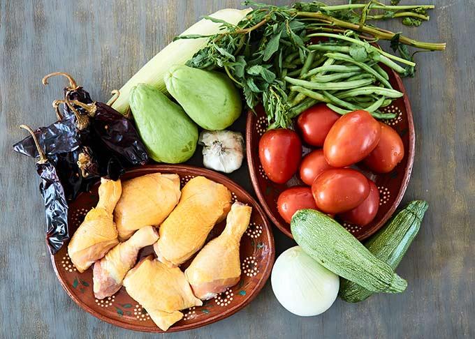 Chicken Clemole Ingredients