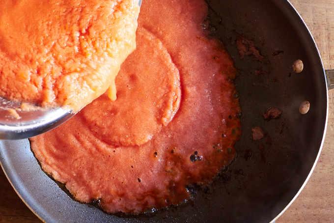 Frying Tomato Sauce