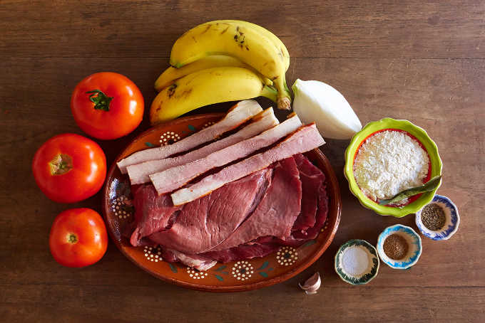 Ingredients Mexican Beef Rolls with Bacon and Banana