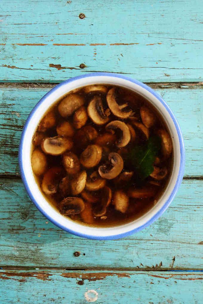 Mushroom Soup Sopa de Hongo