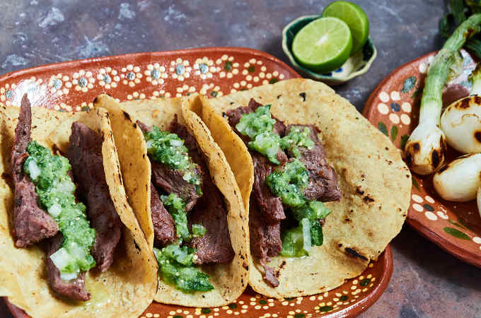 Arrachera (Skirt Steak) Tacos