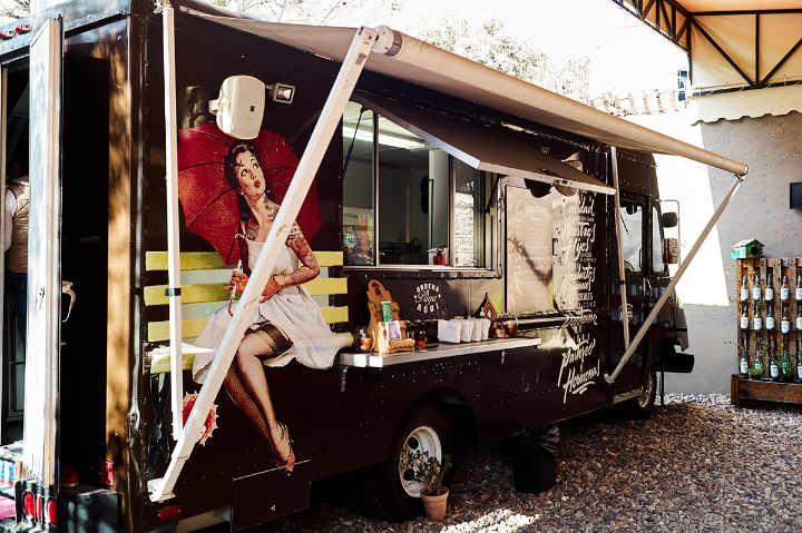 Exterior Natalia's Food Truck, San Miguel de Allende