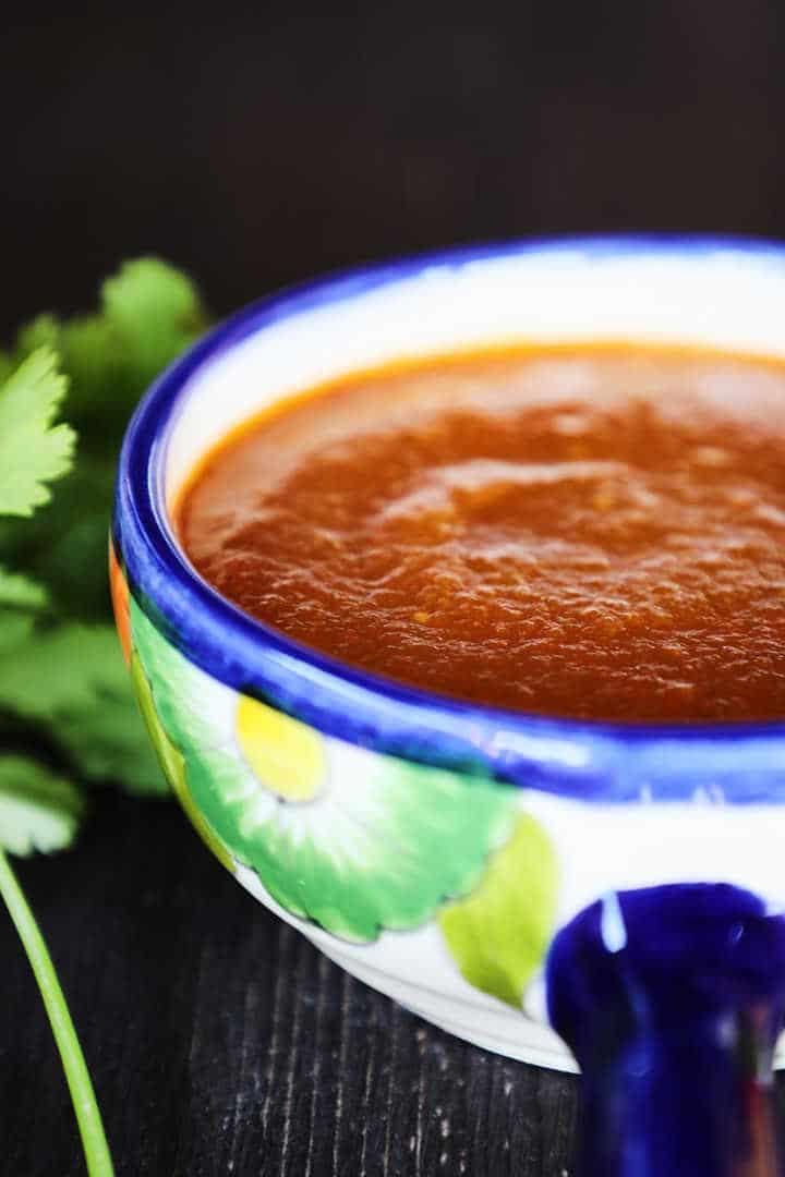 Bowl of Mexican salsa roja (closeup).
