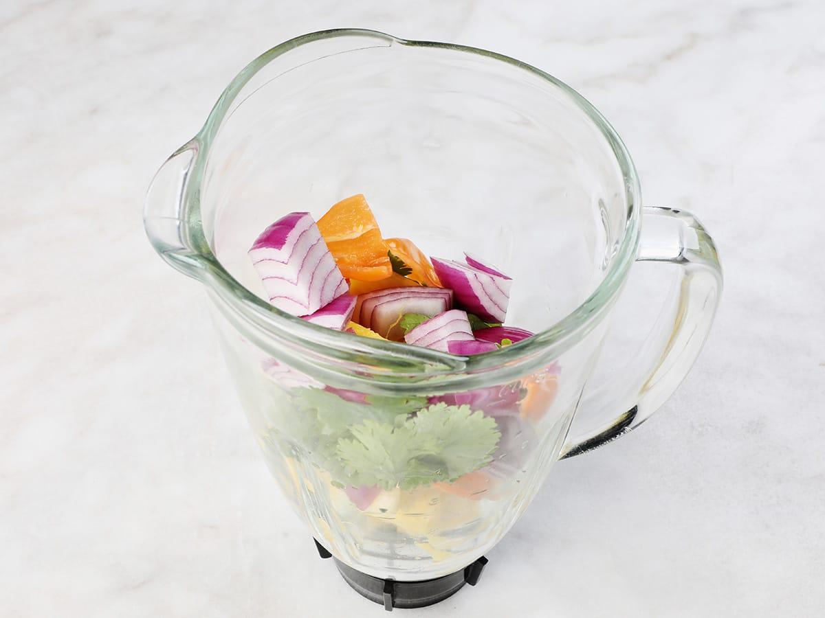 Salsa de Pina Ingredients in Blender