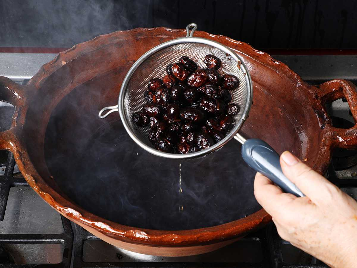 Draining Raisins