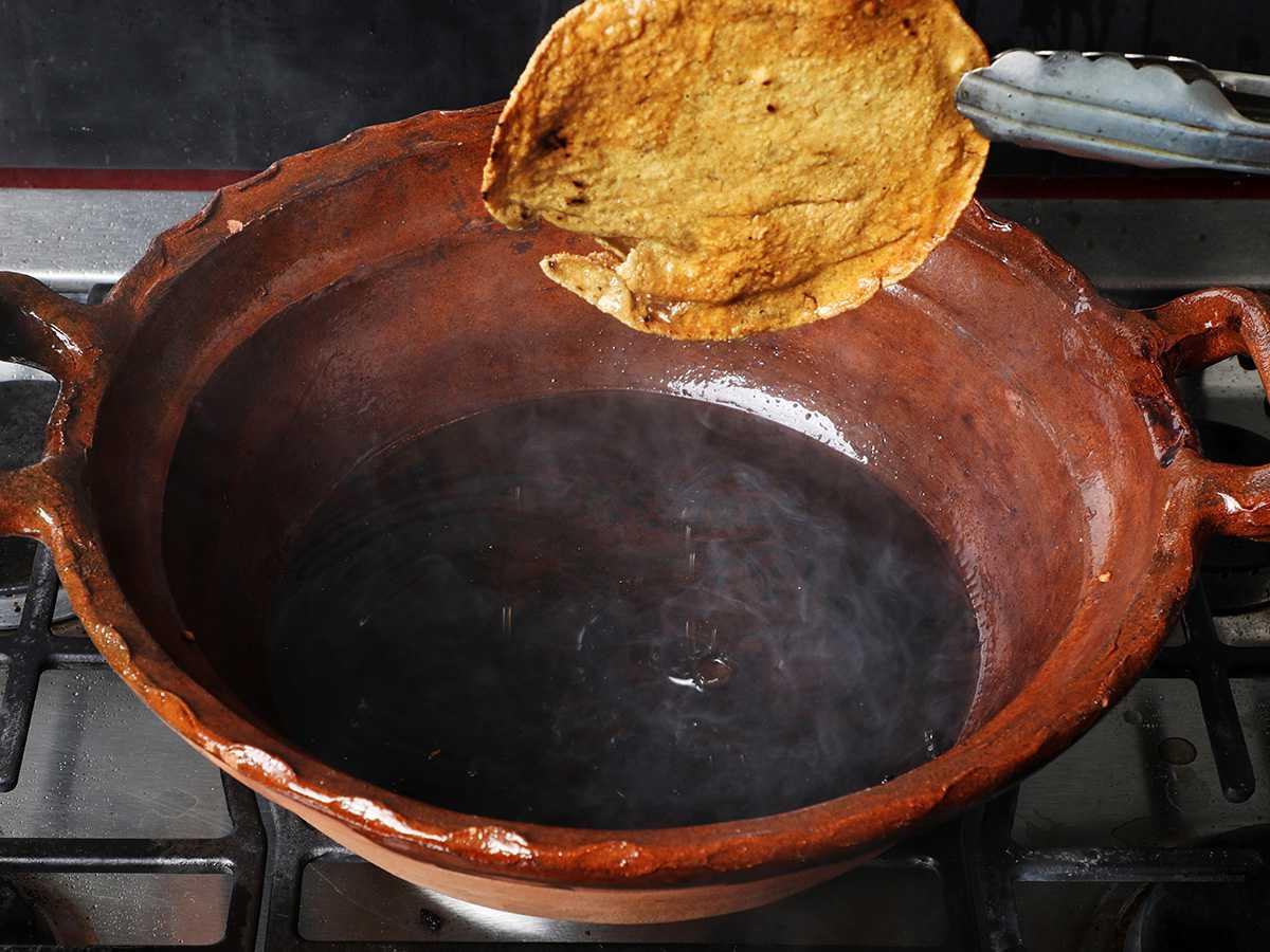Removing Tortilla from Pot